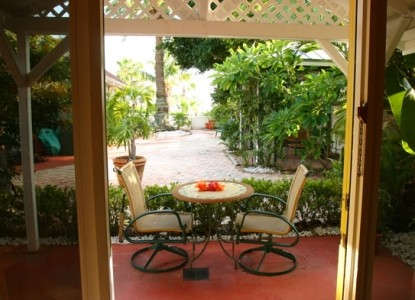 Sea Breeze Manor Bed and Breakfast Inn-Key West Guest Cottage