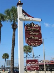 Batfront Marin House, signage
