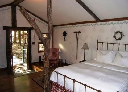 Elm Street Creek Manor, Alsace Cottage