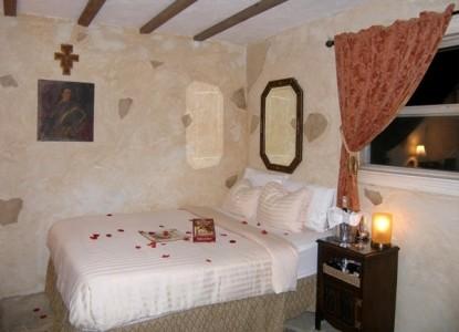 Elm Creek Street Manor,Tuscan Cottage