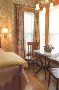 White Lace Inn Bed & Breakfast room 7