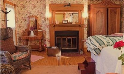 White Lace Inn Bed & Breakfast room 8