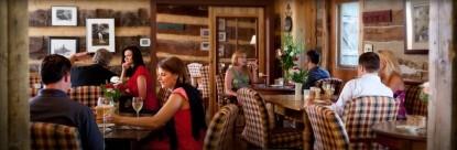 Inn & Spa At Cedar Falls dining