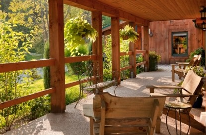 Inn & Spa At Cedar Falls porch