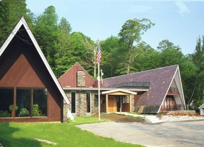 A true country inn located less than 1 mile from the Killington Ski and Golf Resort.