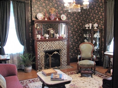 Stone-Yancey House Bed and Breakfast fireplace