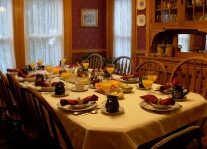 Village Victorian Bed & Breakfast dining table