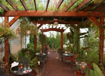 Inn at Bowman's Hill, greenhouse