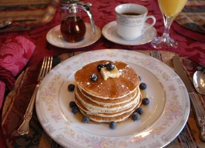 Pacific Victorian Bed & Breakfast pancakes