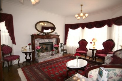 Pacific Victorian Bed & Breakfast fireplace