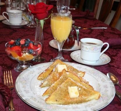 Pacific Victorian Bed & Breakfast fruit and orange juice