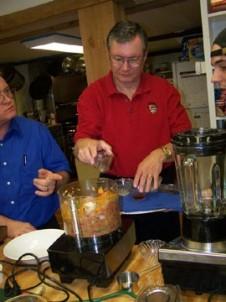 Cooper's Landing Inn & Traveler's Tavern people cooking