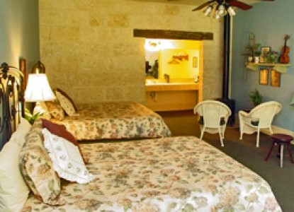 Meyer Bed and Breakfast on Cypress Creek mercantile