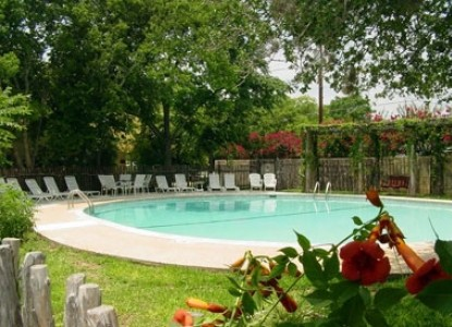 Meyer Bed and Breakfast on Cypress Creek swimming pool