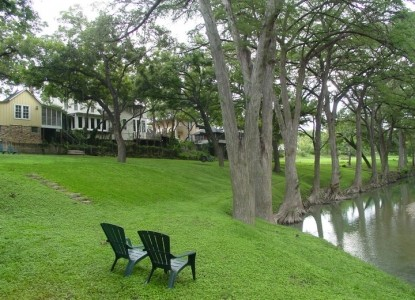 Meyer Bed and Breakfast on Cypress Creek chairs