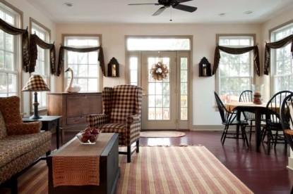 The Wayside Inn living room