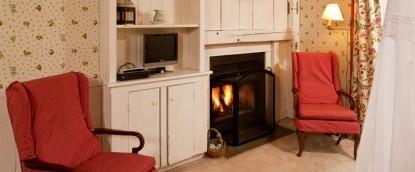Fairville Inn Bed and Breakfast Springhouse Room 1