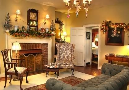 Burlington's Willis Graves Bed & Breakfast Inn living room