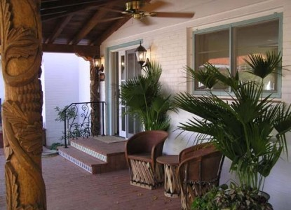 Casa Blanca Bed and Breakfast Inn outdoor chairs
