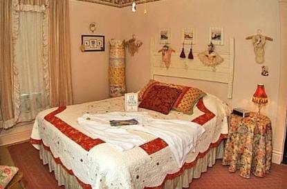 The Homespun Country Inn, Wilma Terwillinger's Room