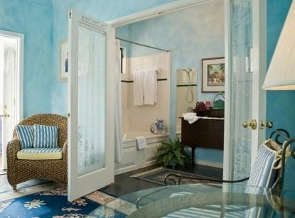 Blair House Bed & Breakfast Dallas Suite bathroom