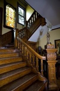 Beaufort House Inn-Staircase