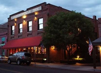 Jacksonville Inn Bed & Breakfast, front view