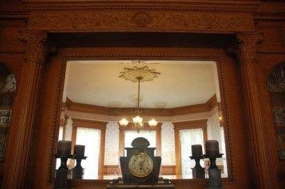 The Grand Anne Bed & Breakfast clock