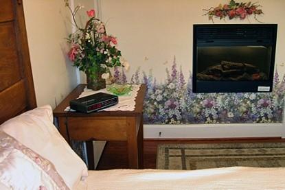 Flowers & Thyme Bed & Breakfast,garden room