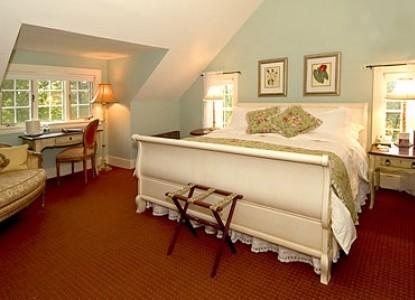 York Harbor Inn-Harbor Crest bedroom