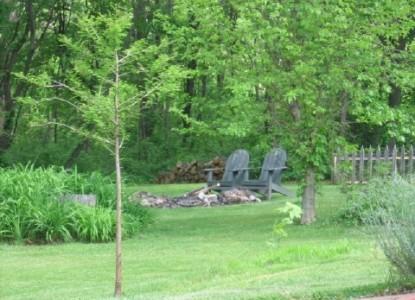 Walnut Ridge Bed & Breakfast Log Cabins, trees