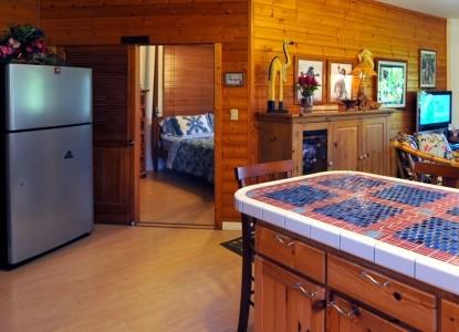 Kauai Country Inn, plumeria suite