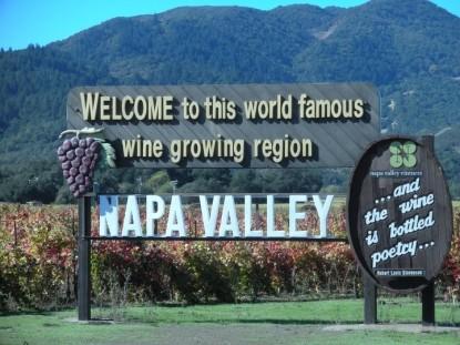 Candlelight Inn Napa Valley, Napa Valley Sign