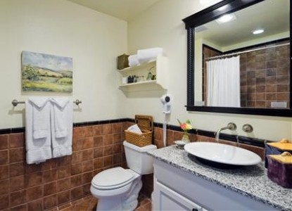 Inn at Sonoma, A Four Sisters Inn, bathroom