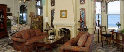 Green Gables Inn | Four Sisters-Living Room