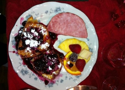 Quigley's Log Home B&B breakfast