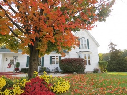 Allegan Country Inn-Fall