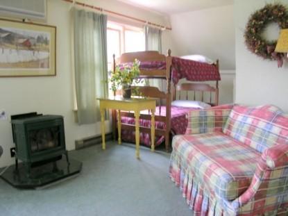 Mountain Fare Inn, room 6