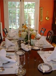Mill Street Inn dining table