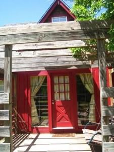 Aaron's Gate Country Getaways red door