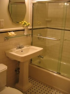 The West Townhouse bathroom