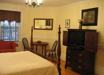 The West Townhouse bedroom
