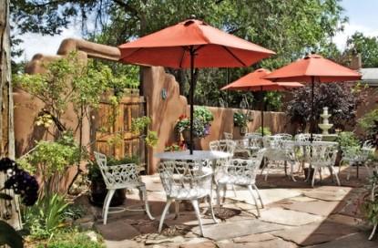 El Paradero Bed & Breakfast Inn patio
