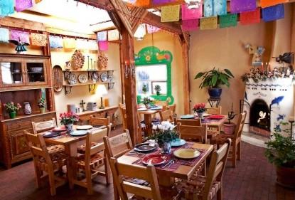 El Paradero Bed & Breakfast Inn dining area