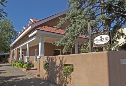 El Paradero Bed & Breakfast Inn front of inn