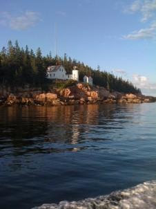 Bass Cottage Inn, rocks