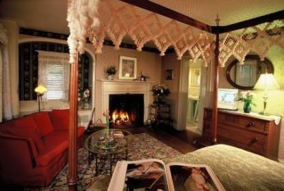 Devonfield Inn Bed & Breakfast, Collins bedroom