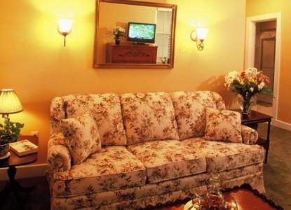 Devonfield Inn Bed & Breakfast, Garden Suite