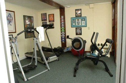 1800 Devonfield Inn, an English Country Estate, gym