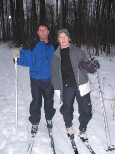 Peppermint Cottage Bed and Breakfast-Couple Skiing